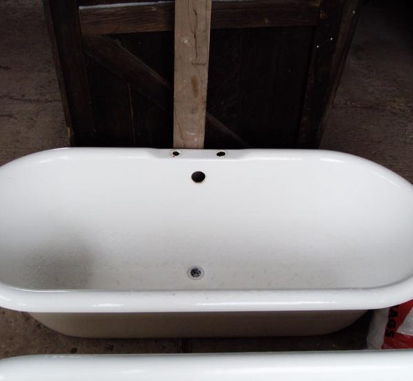 Double Ended Roll Top Bath