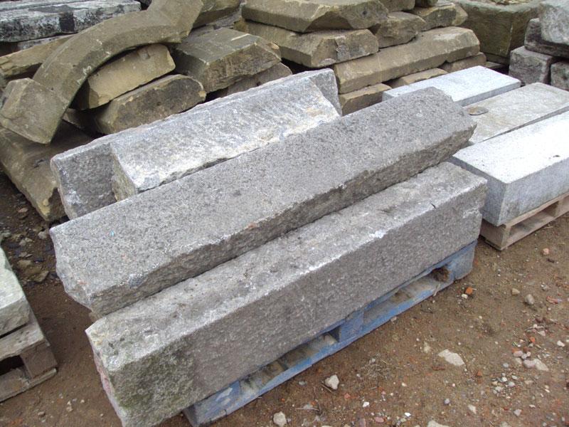 Reclaimed Granite Kerbs