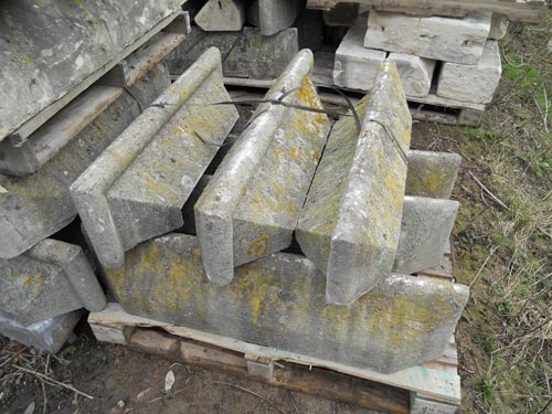 stone castlations