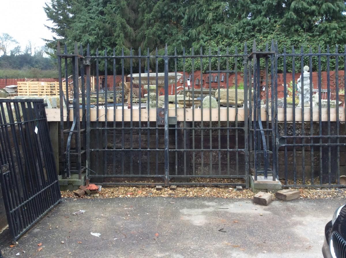 Large Double Driveway Gates