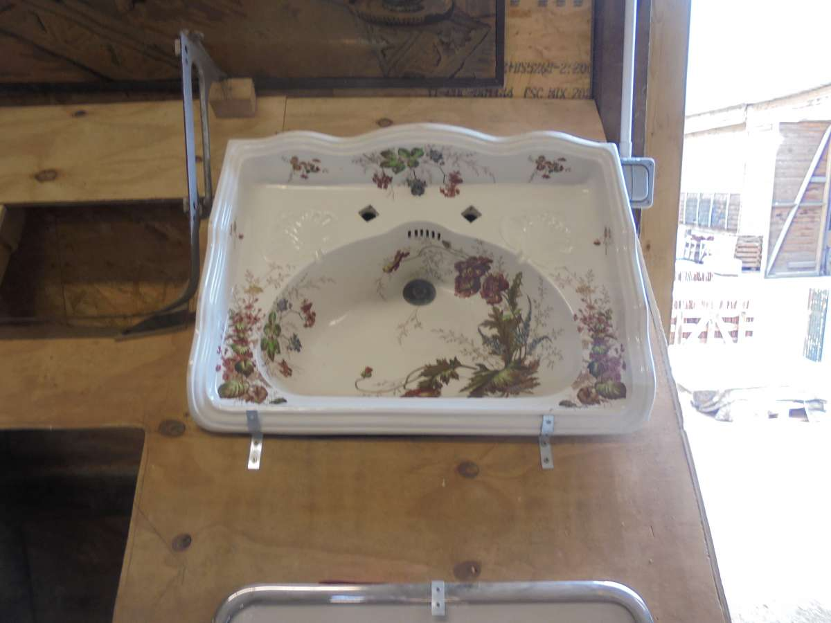 Reclaimed Floral Decorated Sink