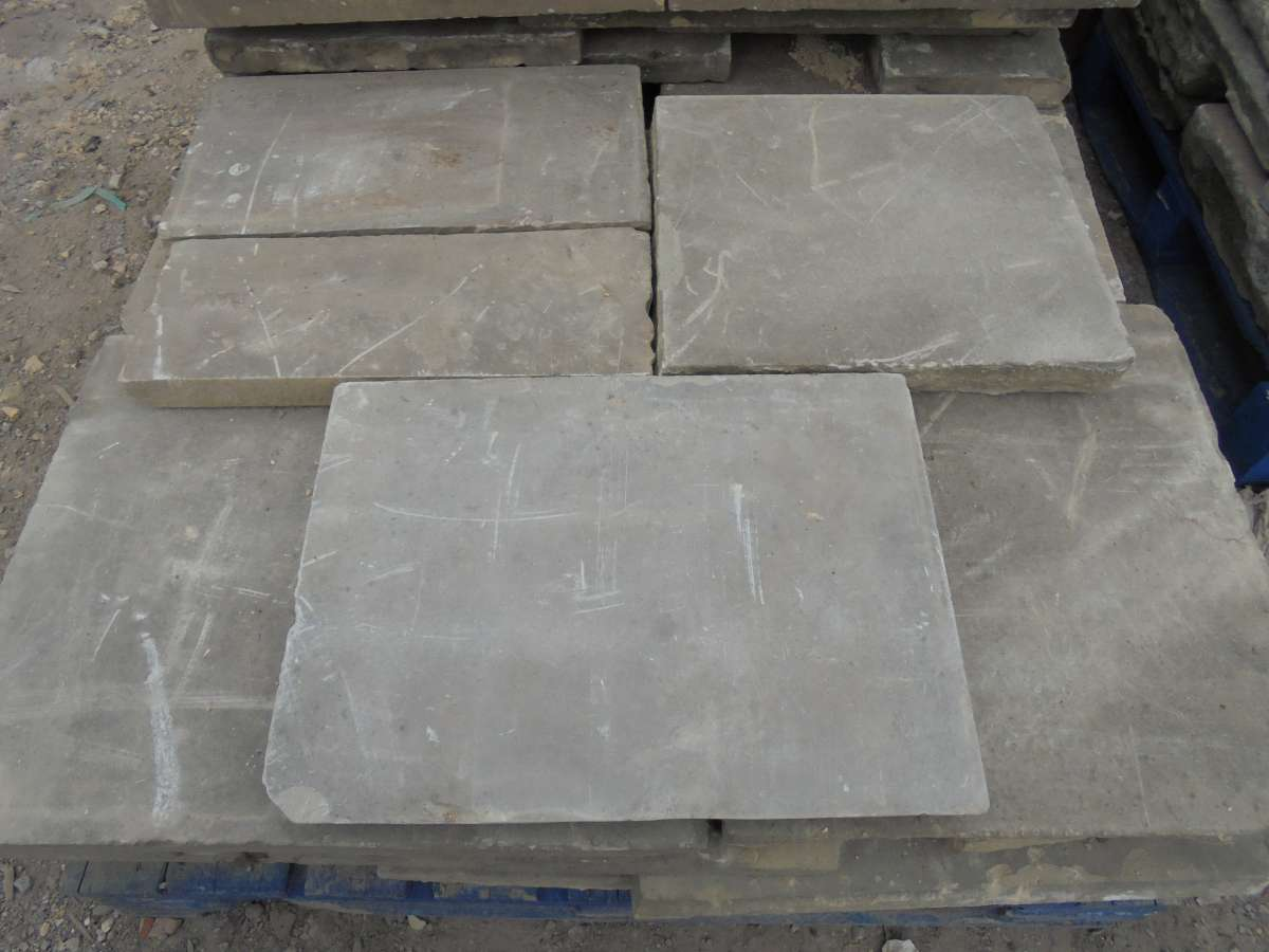 Reclaimed light stone york paving