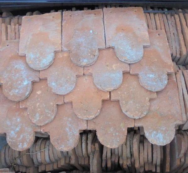 Reclaimed Handmade Scollop Tiles