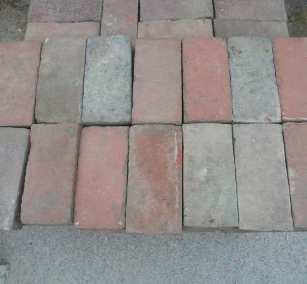 Reclaimed paving bricks batch