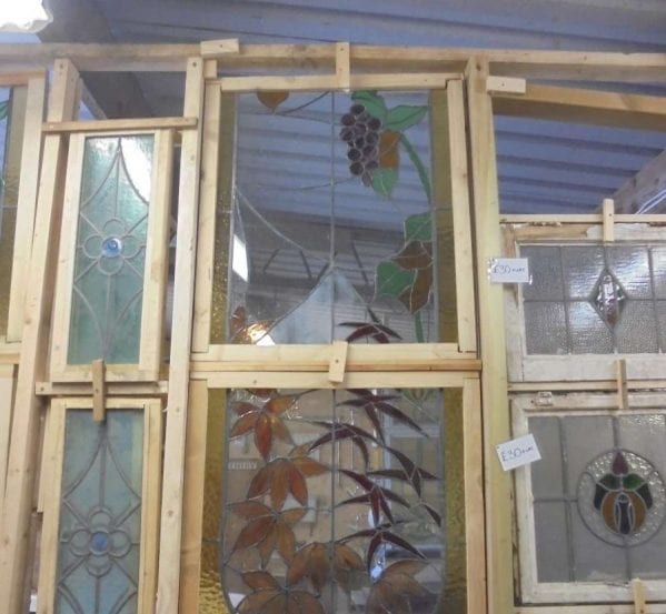 Flowering stain glass window set