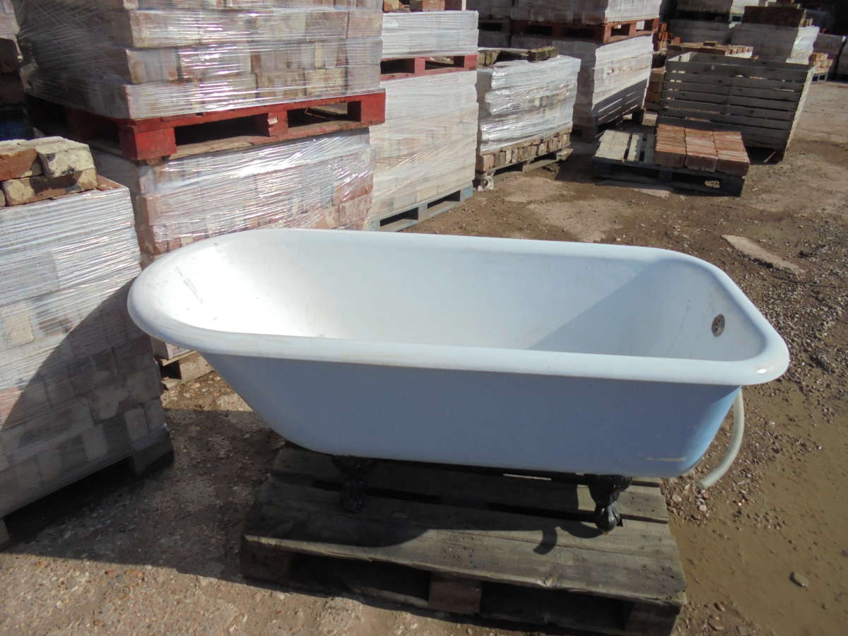 single ended roll top bath