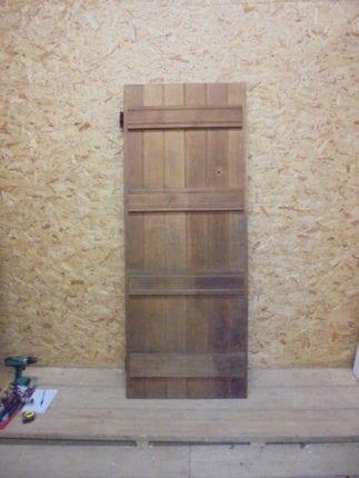 Modern Oak Ledge & Brace Single Door