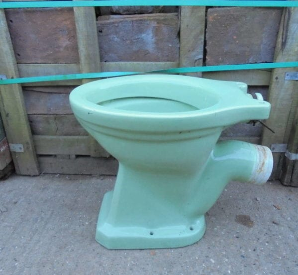 RECLAIMED GREEN MAGNIA TOILET