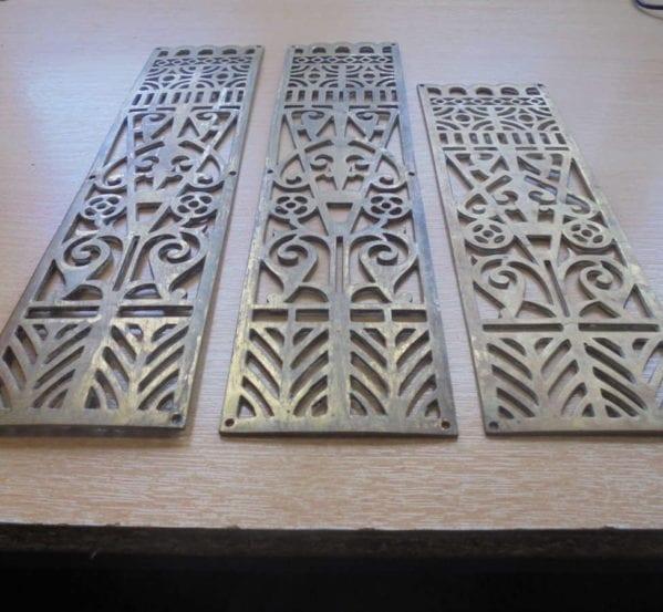Victory Pattern Brass Door Push Plates