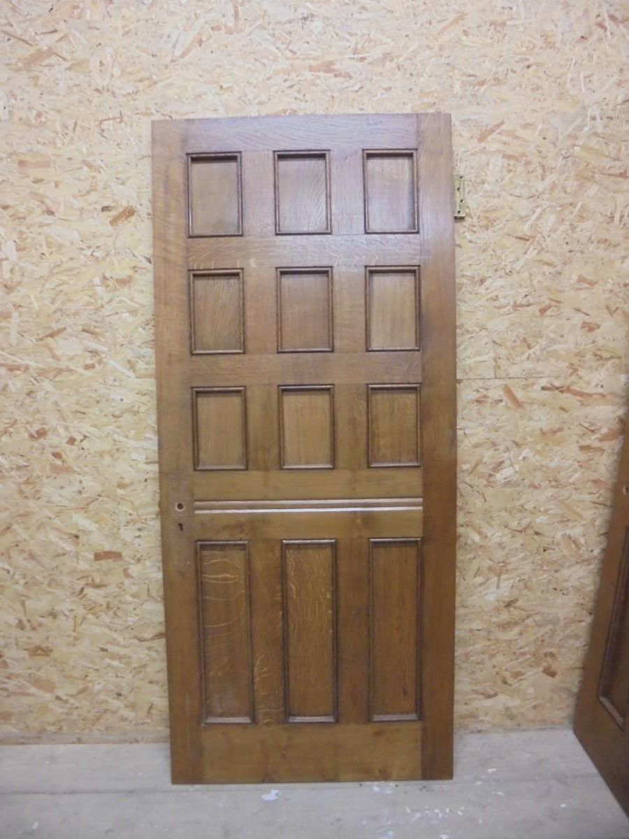 Oak 12 Panel Door + Key