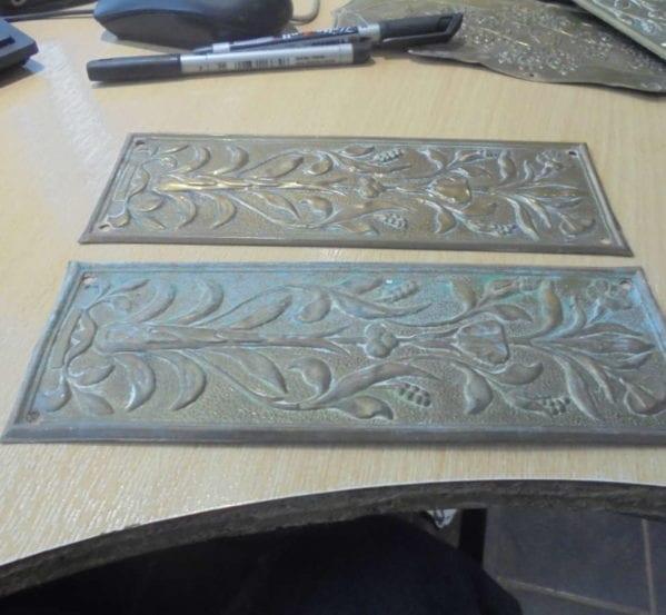 Short Brass Pottery Push Plate