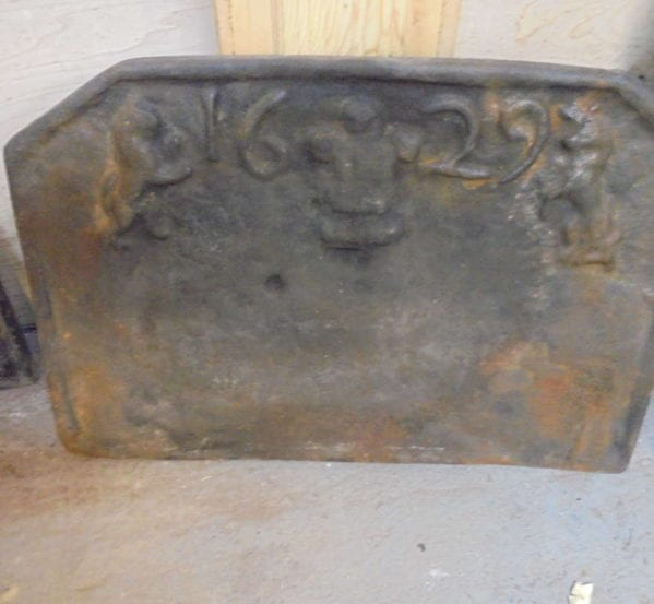 Cast Iron 1625 Reclaimed Fire Back
