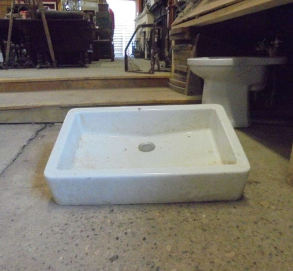 SHALLOW RECLAIMED BUTLER SINK