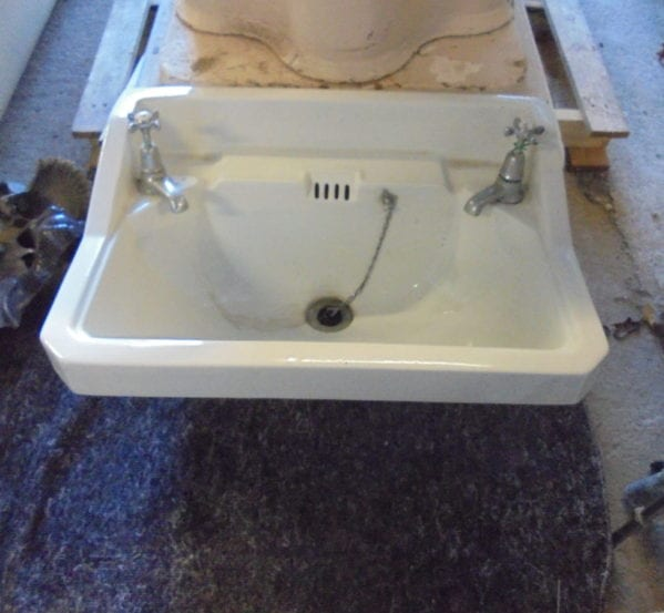 Fully fitted reclaimed sink