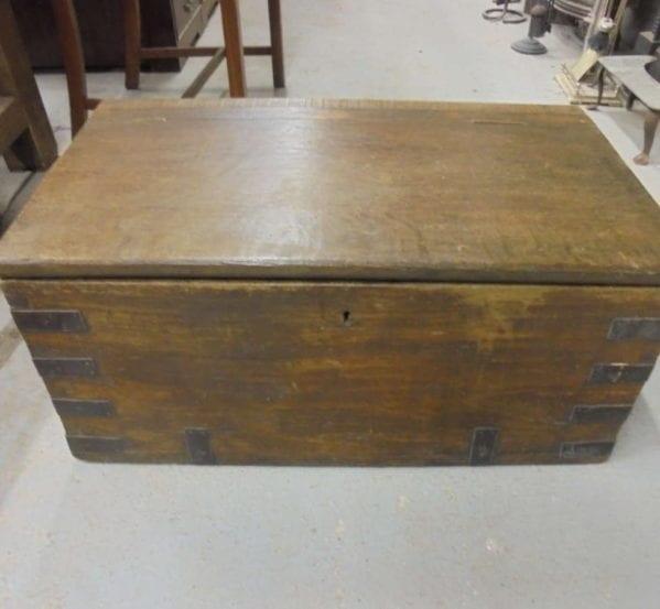 Oak Blanket Box