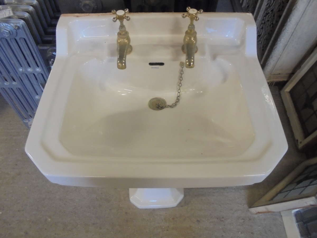Shires Reclaimed Sink and Pedestal