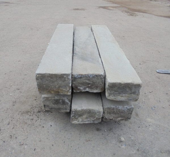 Reclaimed Granite Kerbs