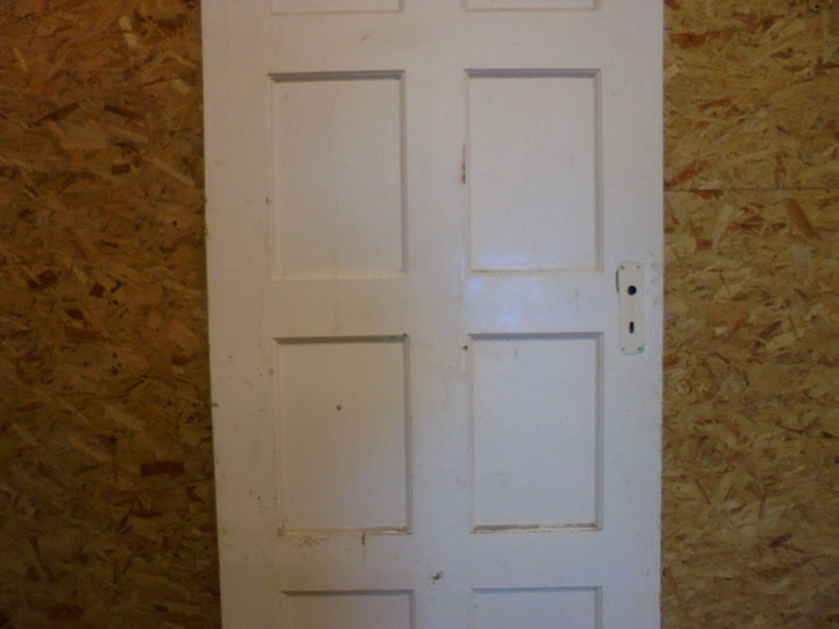 8 Panelled White Door
