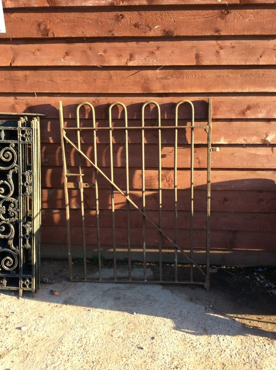 Simplistic Cast Iron Gate