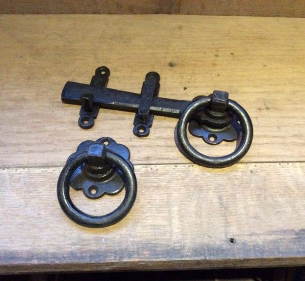 Cast Iron Door Latch Set