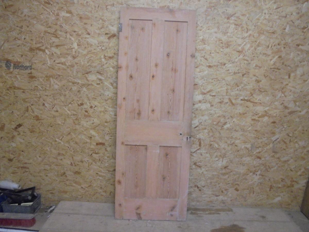Stripped Smooth Door