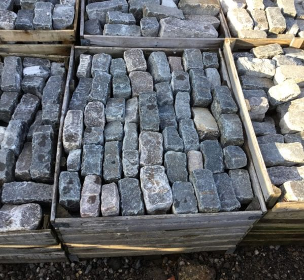 Large Batch London Cobbles
