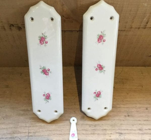 Kitsch Floral Push Plate & Keyhole Cover Set