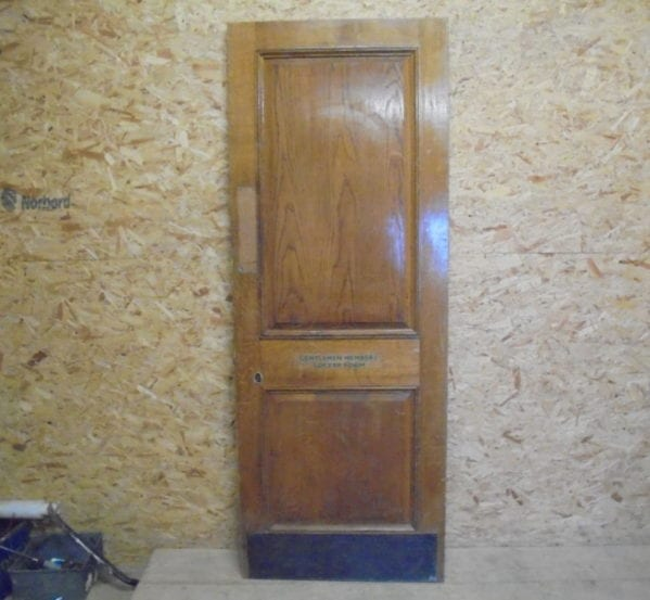 Wentworth Oak 2 Panel Door 'Changing Room'
