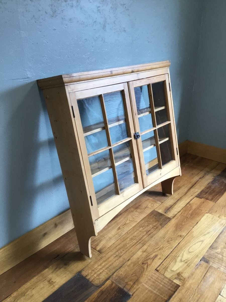 Pine Wall Mounted Display Unit
