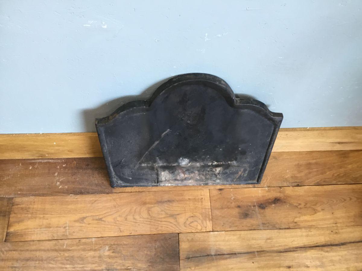 Plain Cast Iron Fire Back