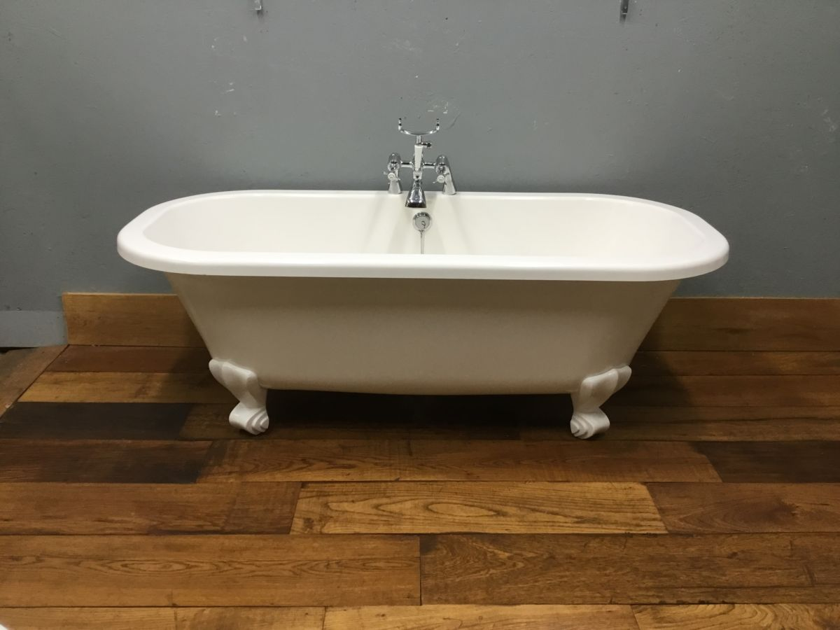 Modern Roll Top Bath, Feet & Taps