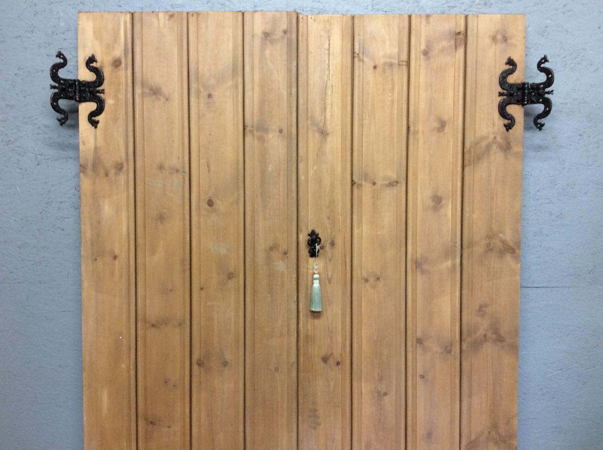 Large Ledge & Brace Cupboard Doors
