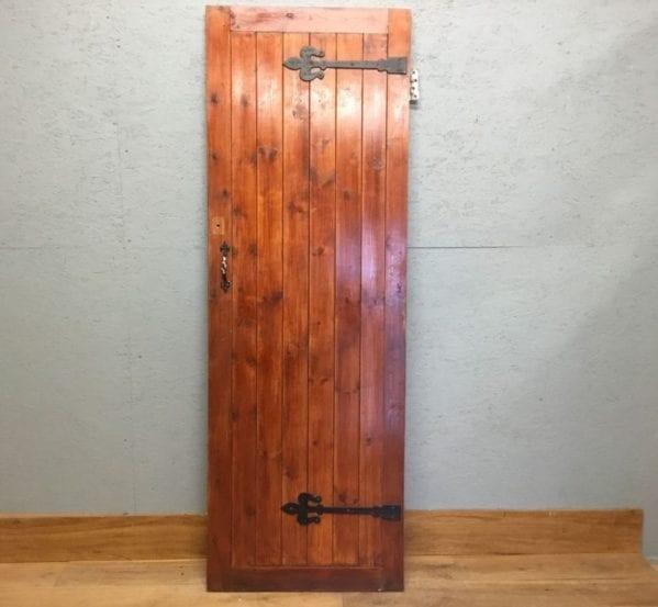 Nice Ledge & Brace Door