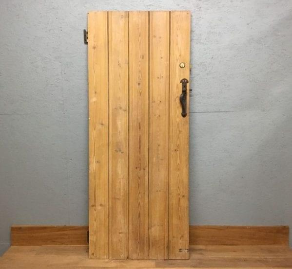 Smooth Stripped Ledge & Brace Door