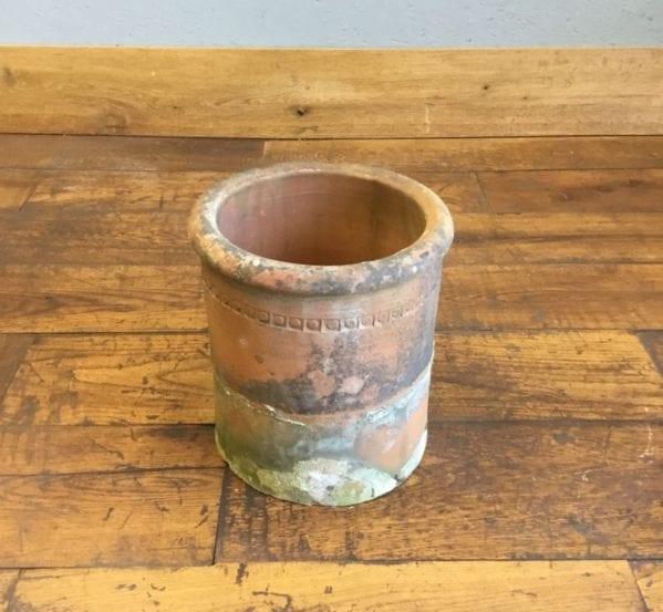 Round Low Chimney Pot