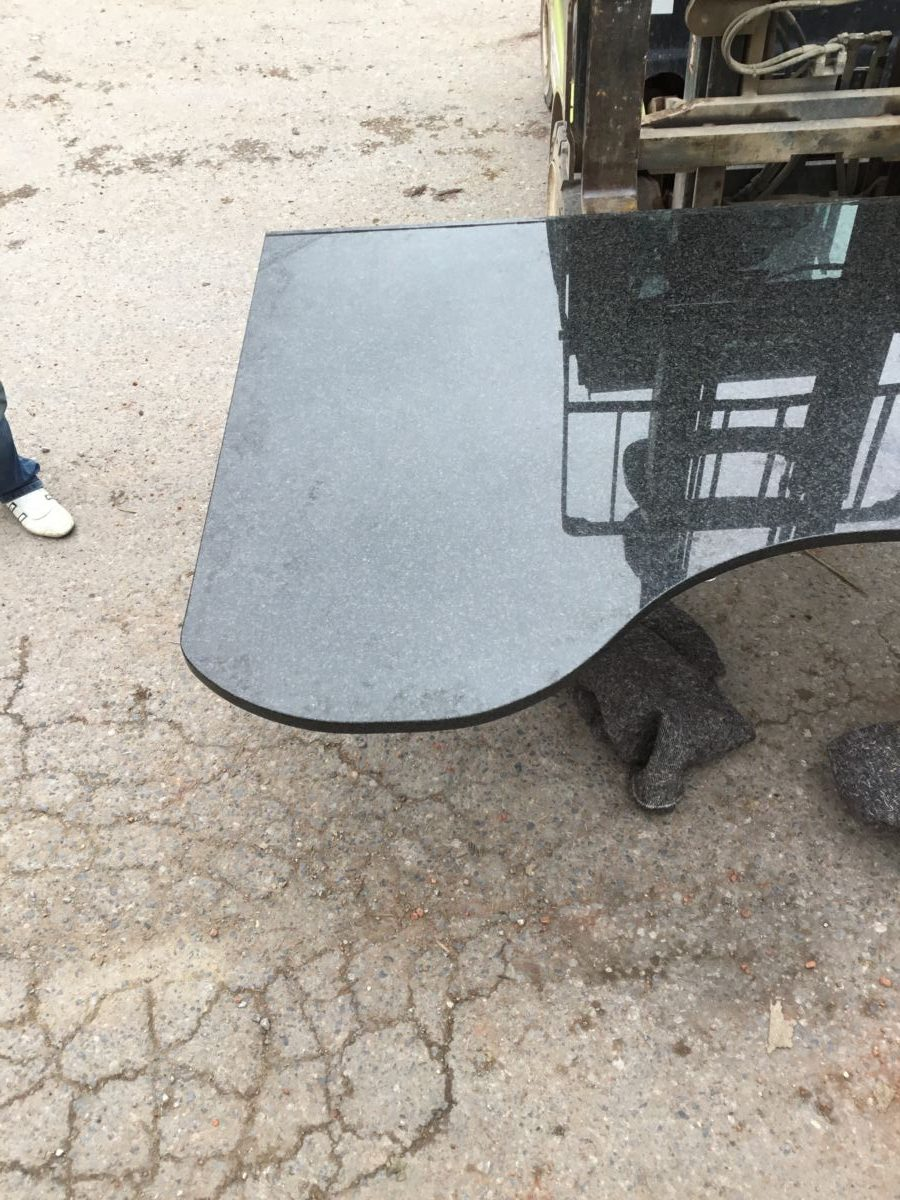 Large Granite Curved Slab Worktop