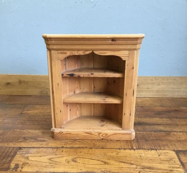Pine Corner Shelving unit