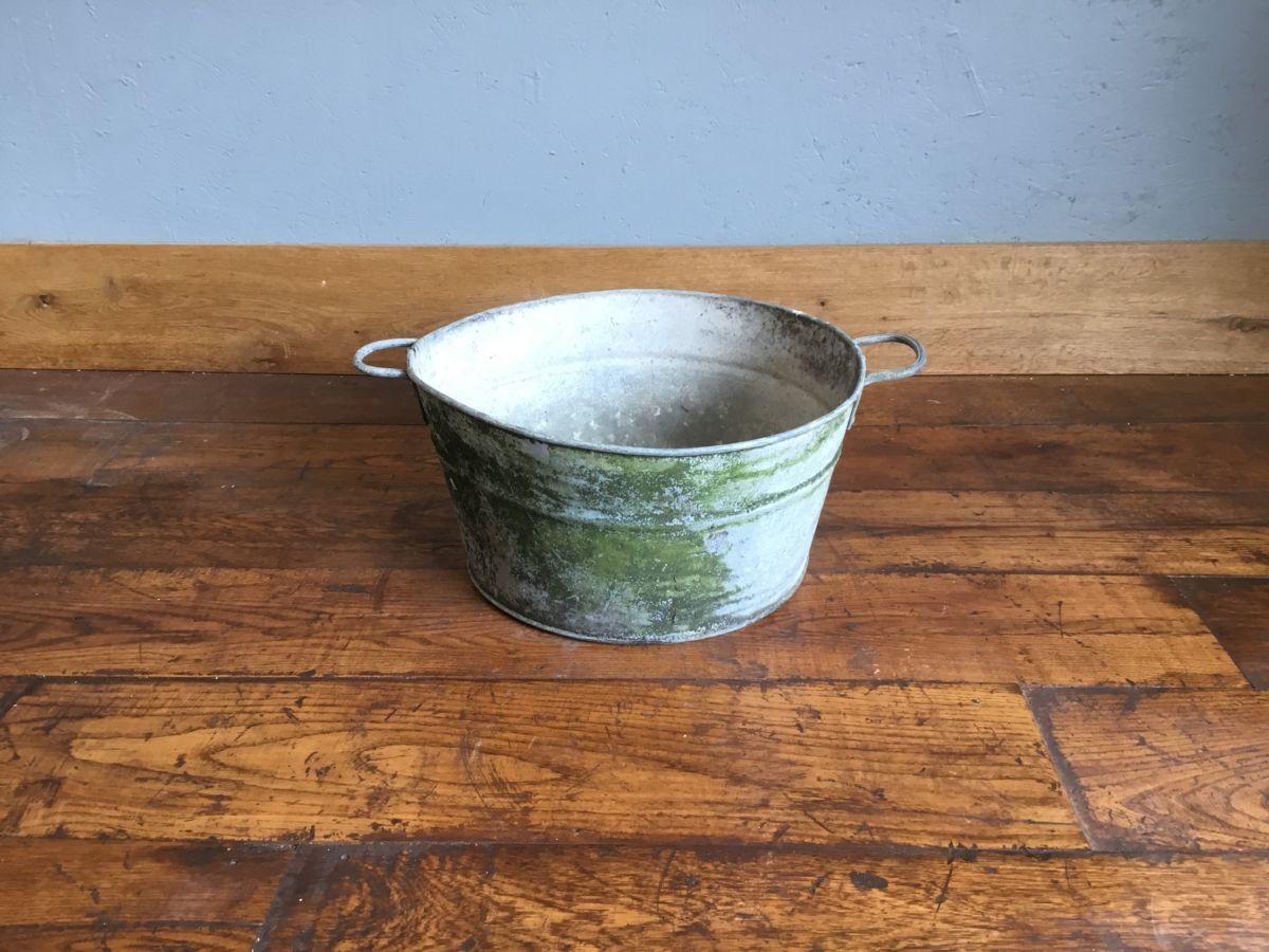 Round Galvanised Bucket