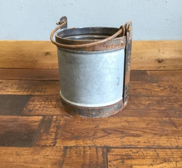 Galvanised Tin Bucket With Handle