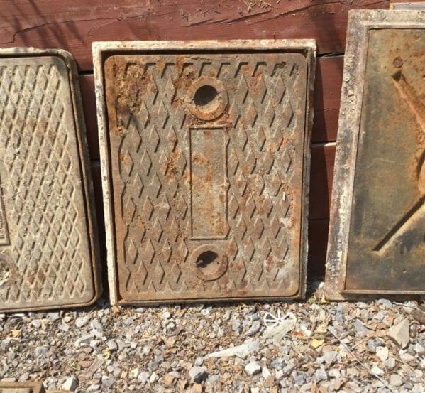 Reclaimed Framed Handleless Man Hole Cover