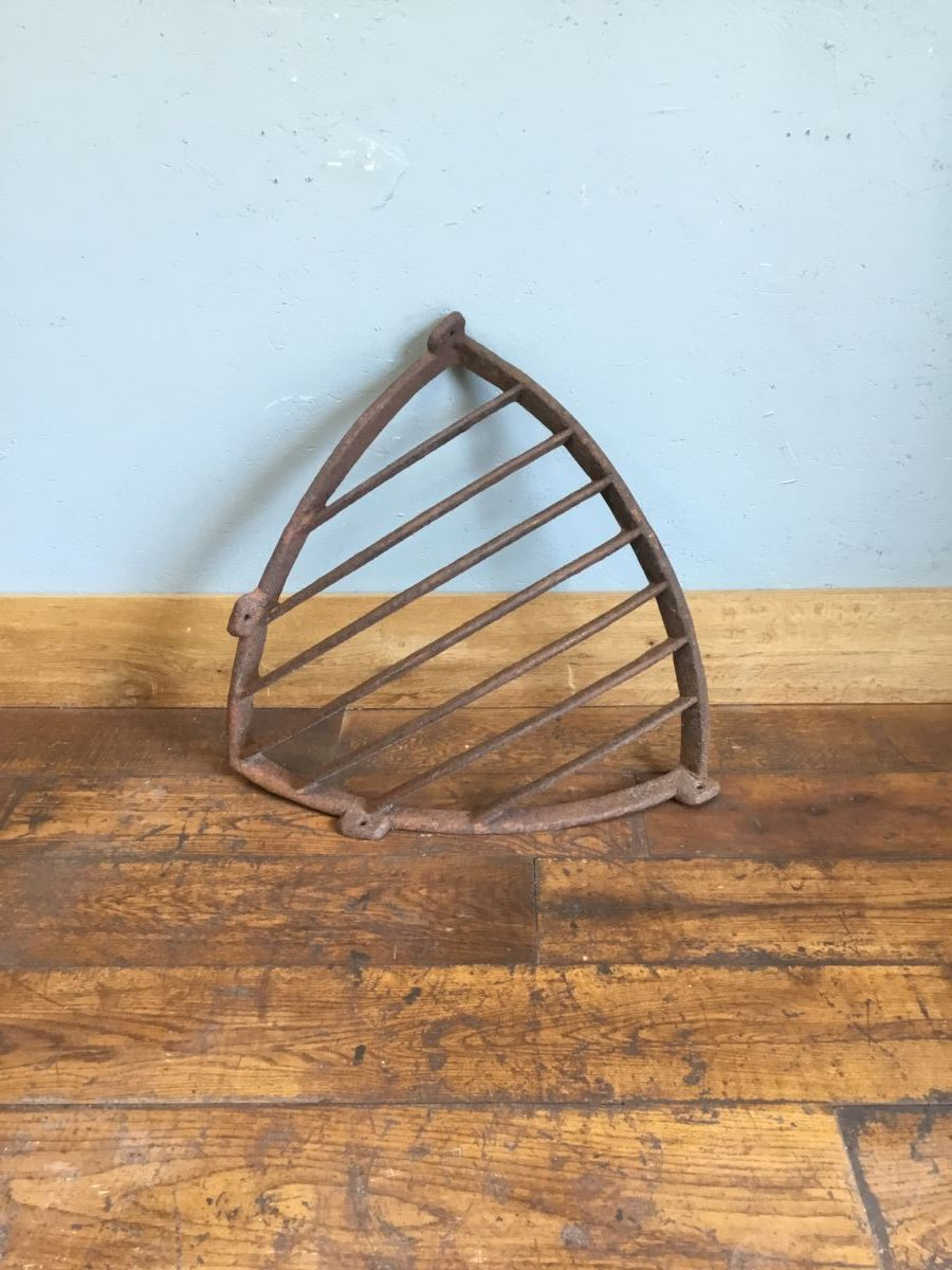 Solid Cast Iron Corner Hay Rack