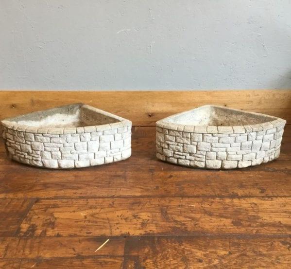Reconstituted Stone Corner Planters