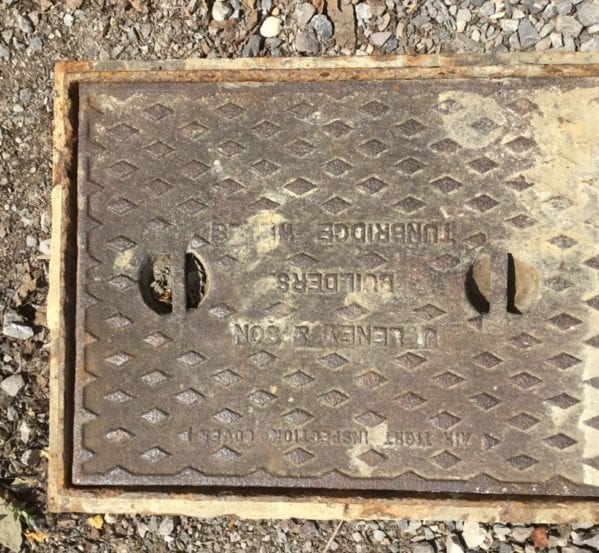 Diamond Styled Reclaimed Cast Iron Man Hole Cover