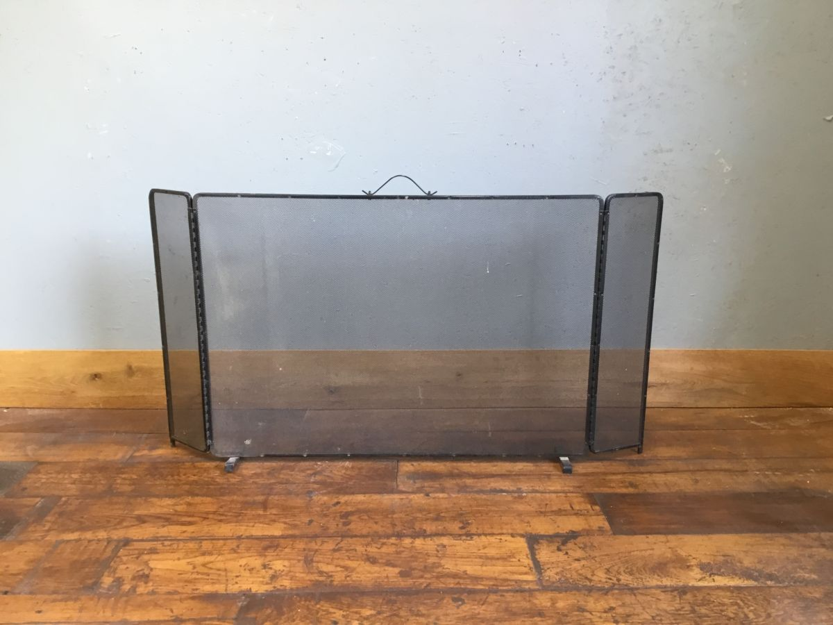 Large Collapsible Fire Screen