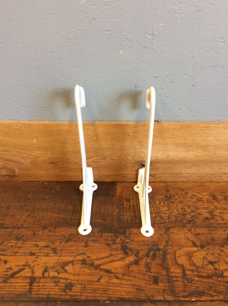 White Painted Sink Brackets