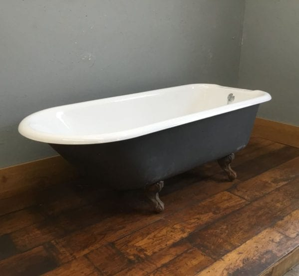 Clean Cast Iron Bath & Feet
