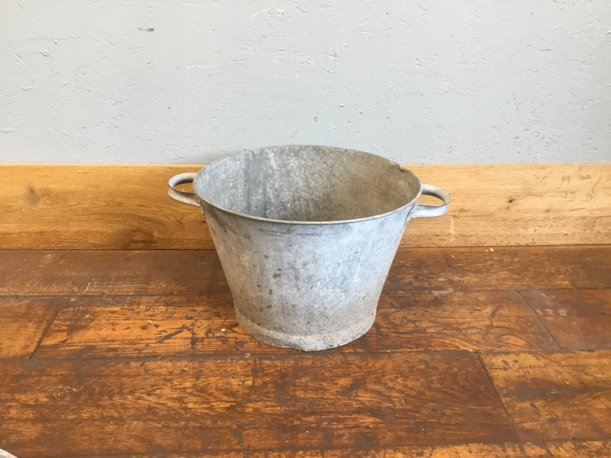 Galvanised Tin Double Handle Bucket