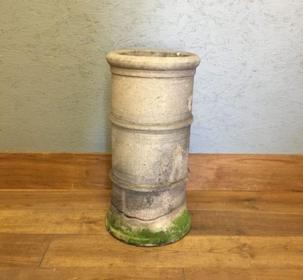Mossy Bottom Triple Ridged Cannon Head Pot