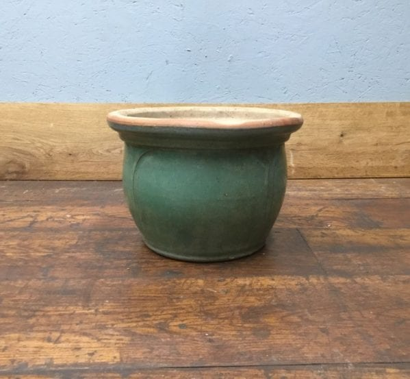 Mint Green Lipped Plant Pot