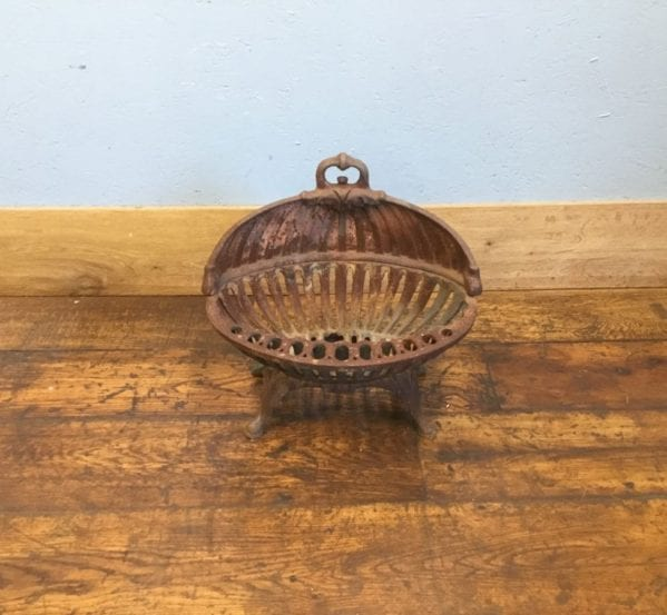 Clam Cast Iron Fire Basket